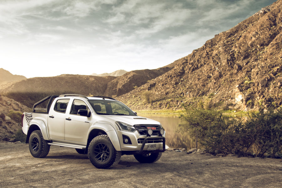 Isuzu-D-Max-AT35-UAE-MY17 (1)s