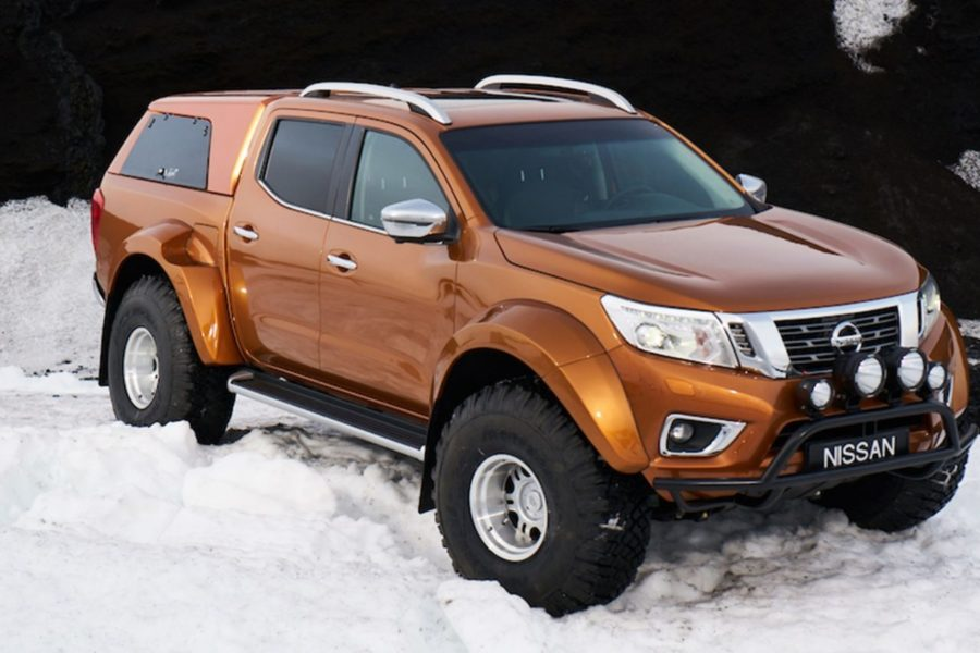 aem_0001_BL_Nissan_Navara-AT_035.jpg.ximg.l_full_m.smart